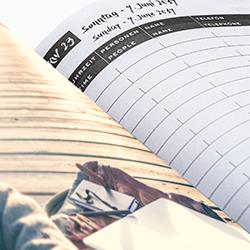 Individuellen Inhalte und integrierte Werbeseiten – mit MYRIX möglich • Wochen- und Tageskalender umsetzbar
